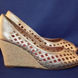 Lilly Pulitzer Leather Gold Espadrille Wedge Heels